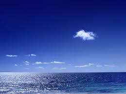la visión es azul, el océano tambien